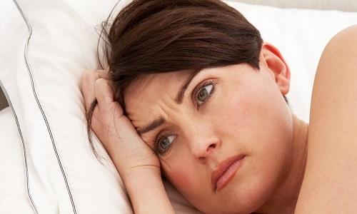 علائم و نشانههای بیماری تیروئید و یائسگی زنان چیست