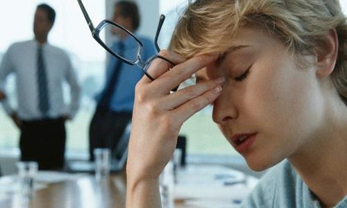 تیروئید و یائسگی: چه وقت گرگرفتگی و بی خوابی ناشی از یائسگی نیست؟
